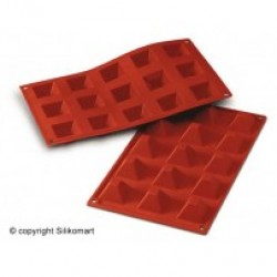 Bage-/Chokoladeform, Pyramide, 15 stk. 36 x 36 mm., D 22, Platinsilikone